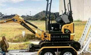 1.7tn Excavator 1