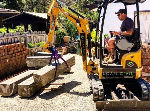 1.7tn Excavator 2
