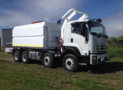 18,000 Lt 8x4 Mine Spec Water Truck 3