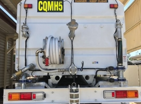 18,000L Water Truck, Mine spec.  3