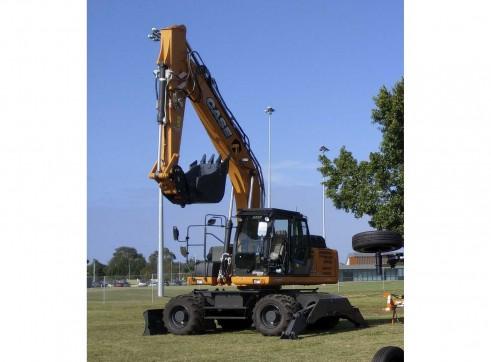 18T Case Wheeled Excavator 4