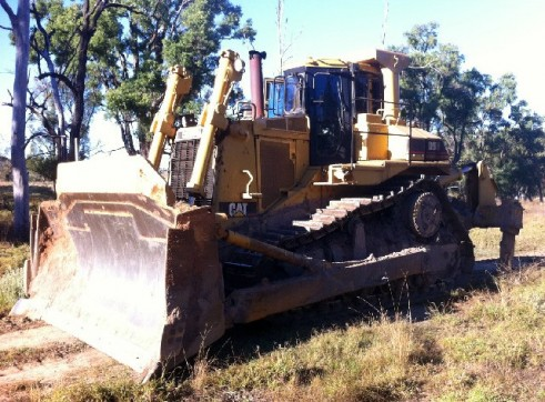 1991 Caterpillar D9N Dozer 2