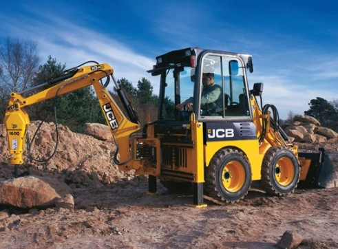 1CX Backhoe Loader 4