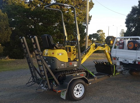 1T Wacker Neuson 803 Mini Excavator 1