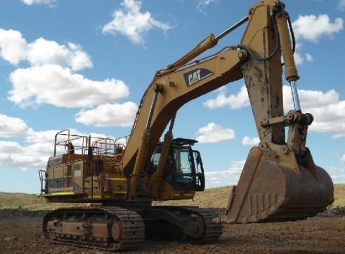 1x CAT 365 CL ME Excavator 2