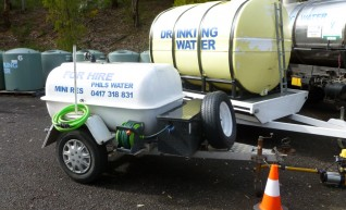 2 x 1200L Potable Water Trailers 1