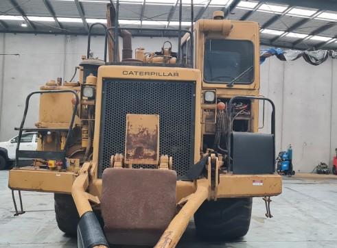 2 x Caterpillar 637 Twin Power Scrapers 1
