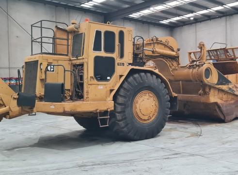 2 x Caterpillar 637 Twin Power Scrapers 4
