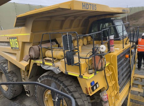 2 x Komatsu 785 Dump Trucks 3