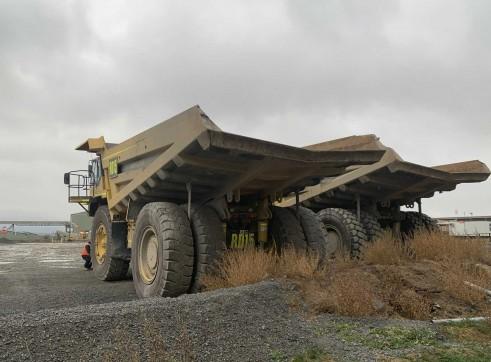 2 x Komatsu 785 Dump Trucks 5