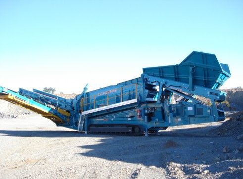 2 x Powerscreen Warrior 2400 Screening Plant 1