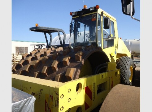 20 Tonne Bomag BW219DH-3 Pad Foot Roller 1