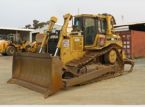 2000 Caterpillar D6R 2