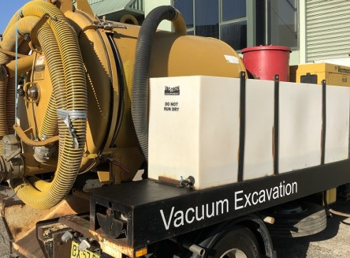 2000 Litre Hydroexcavation truck For Sale 15