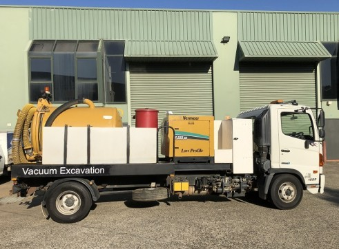 2000 Litre Hydroexcavation truck For Sale 3