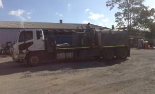 2001/2012 5000L Vacuum Trucks 1