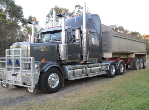 2003 Western Star with various trailers 1