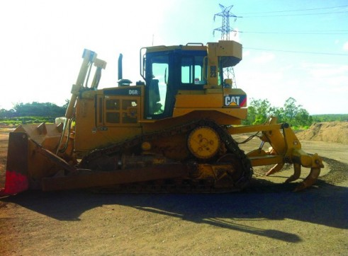 2006 CAT D6R Series 3 Dozer - Wet Hire 1
