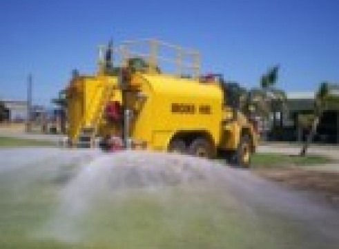 2007 26,500L OLIVARI Artic Water Truck