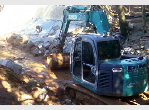 2008 Kobelco SK135SR-2 13.5T Excavator AVAILABLE NOW 1