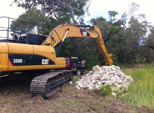 2009 Caterpillar 320Dl Excavator 1
