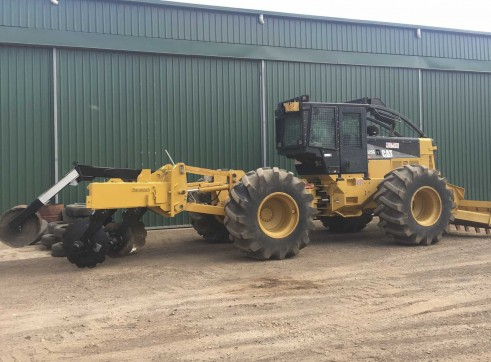 200HP Caterpillar 525C Skidder 1