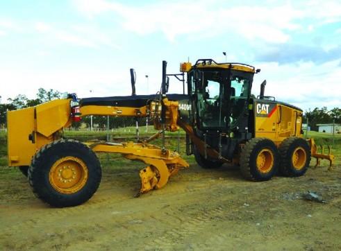2010 Caterpillar 140M - Bundy 1