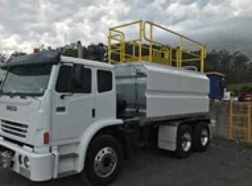 2010 International 2350G 13,000lt Water Truck 1