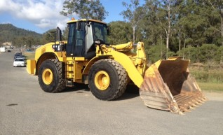 2011 CAT 972H Wheel Loader 1