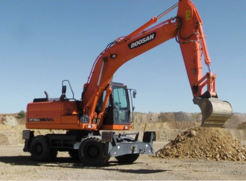2011 Doosan DX190W Wheeled 19T Excavator AVAILABLE NOW 1