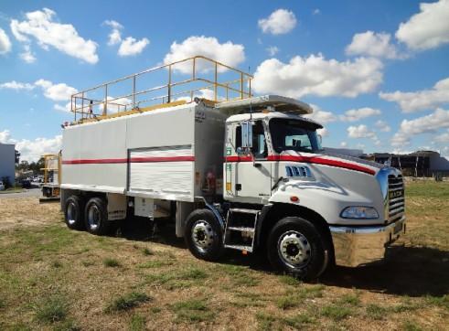 2011 Granite 8x4 ST414 Service Truck (H6840)