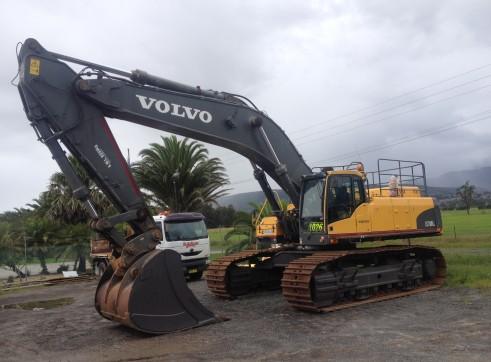 2011 Volvo EC700CL Excavator 1