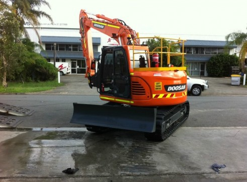 2012/2013 Doosan DX140 LCR 14t Excavator AVAILABLE NOW 1
