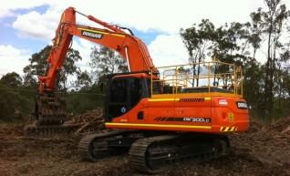 2012/2013 Doosan DX300LC 30t Excavator AVAILABLE NOW 1