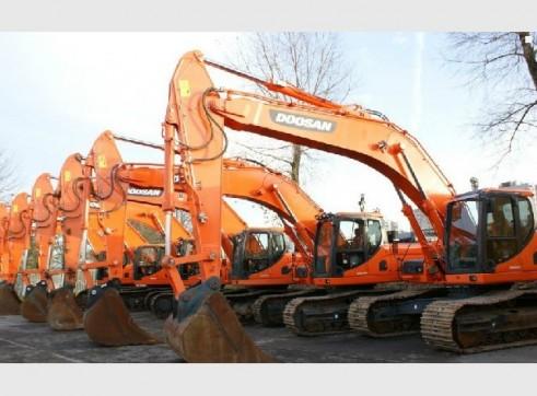 2012/2013 Doosan Dx340LC 35t Excavator 2