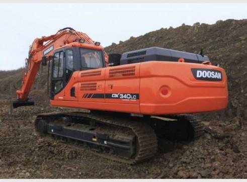 2012/2013 Doosan Dx340LC 35t Excavator 1