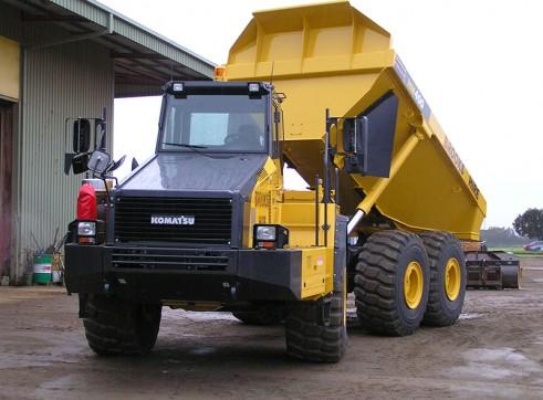 2012 40t KOMATSU HM400-2 Artic Dump Truck
