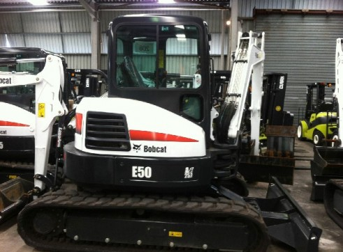 2012 Bobcat E50 5t Excavator zero swing 1