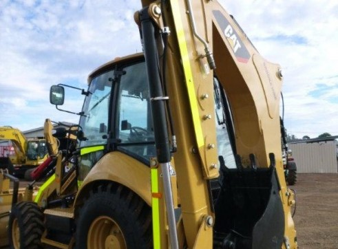 2012 CAT 432F Backhoe 2