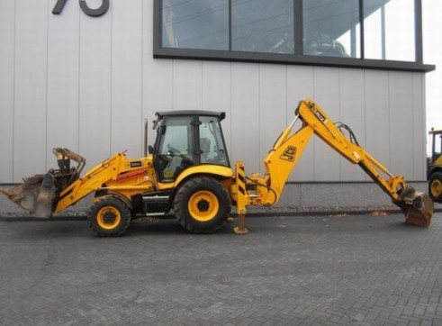 2012 JCB 3CX P21 ECO Backhoe 1