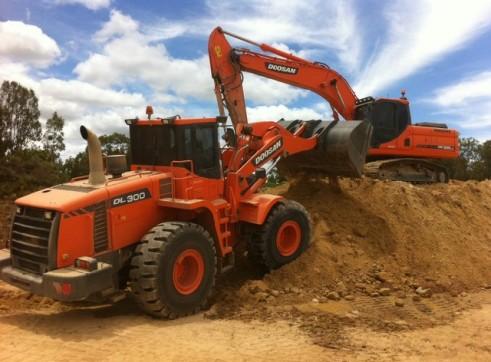 2013 Doosan DX255LC 25t Excavator 2