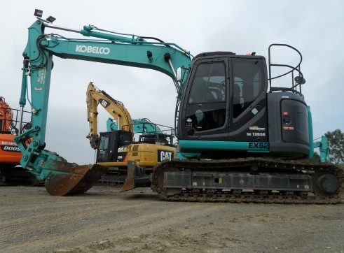 2013 Kobelco SK135SR Excavator (Tilt Hitch)