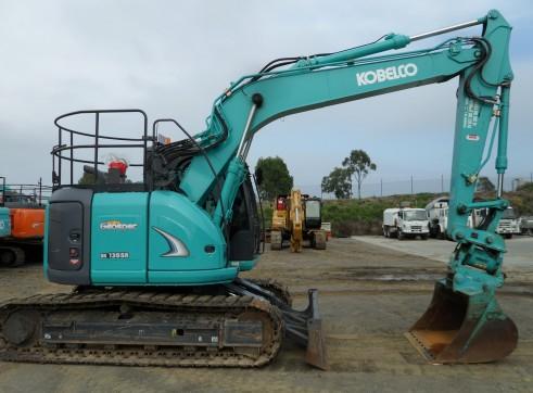 2013 Kobelco SK135SR Excavator (Tilt Hitch) 3