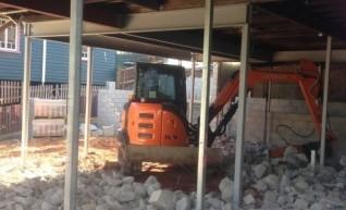 2014 5 ton Hitachi excavator with tilt hitch 1