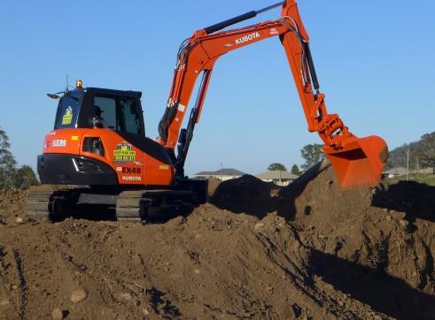 2014 Kubota KX080-3 Excavator (Tilt Hitch) 2