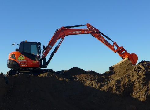 2014 Kubota KX080-3 Excavator (Tilt Hitch) 3