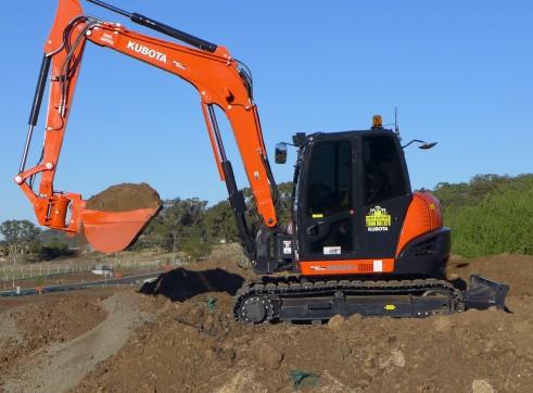 2014 Kubota KX080-3 Excavator (Tilt Hitch) 4