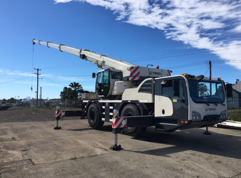 2016 40t Terex Demag All Terrain Crane 1