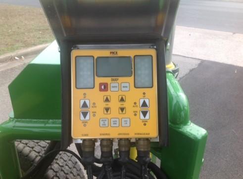 2016 John Deere 4105 w/Saliba laser grader blade 3