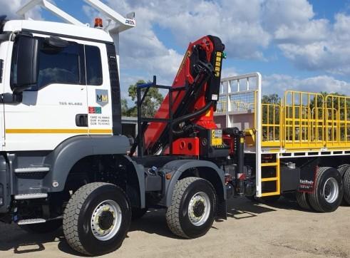 8x8 Crane Truck 3